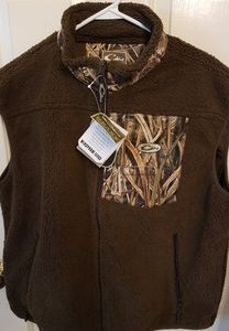 NWT Mens Drake Sherpa Fleece Vest